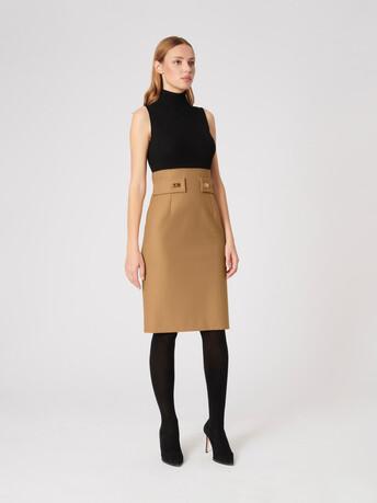 WOVEN DRESS - Camel / noir