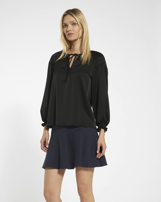 Satin-backed crêpe top - black