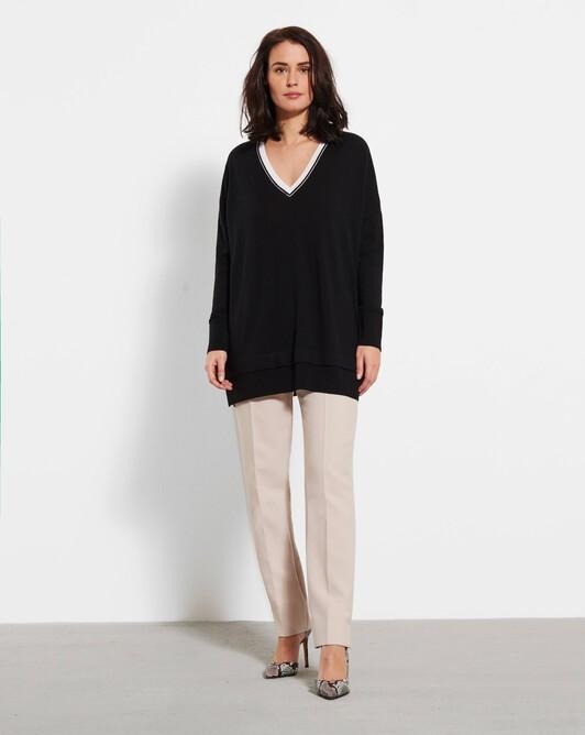 Merino wool V-neck sweater - Black / off white