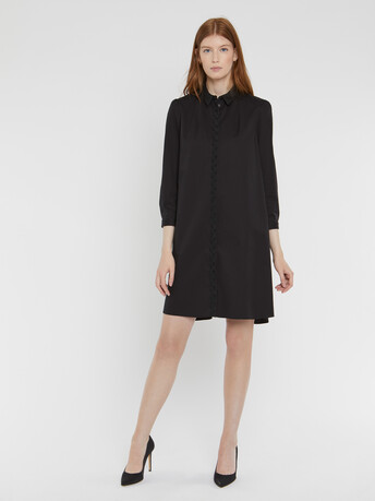 Robe courte en popeline satinée stretch - Noir