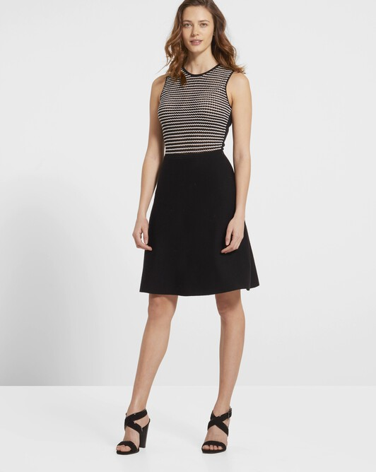 Merino and viscose dress with fancy stitching - Noir