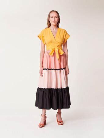 Robe longue en popeline satinée - Eau de rose / poudre