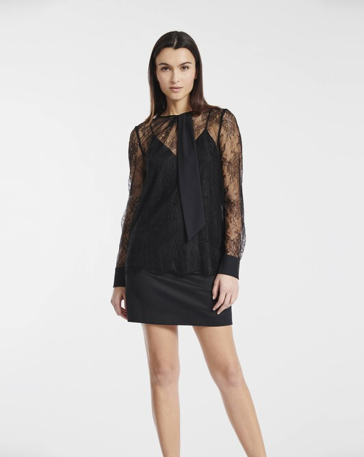 Top in Chantilly lace - black
