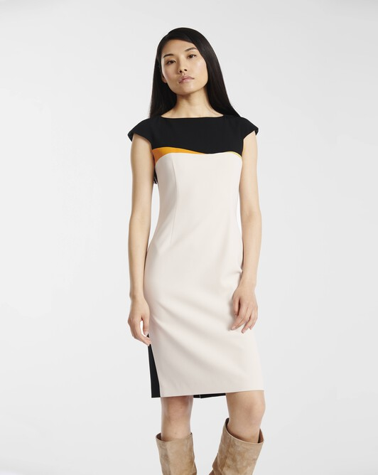 Dress in satin-back crepe - Coquille / noir