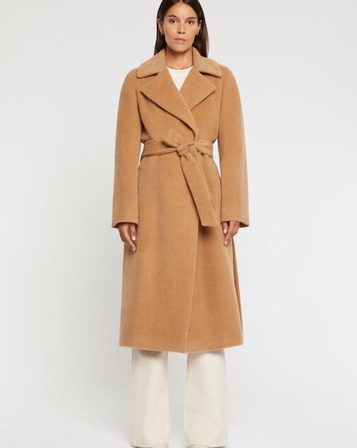 Manteau peignoir en alpaga et laine