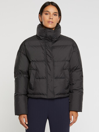 Cropped down jacket with XXL collar - Noir